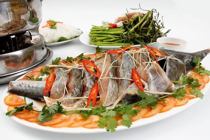 Nấu tiệc tân gia tại nhà với các món ăn trang trọng từ cá tầm
